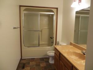 904-7 Main Bath